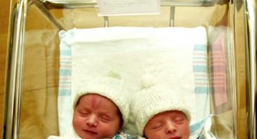 twins_infants_1