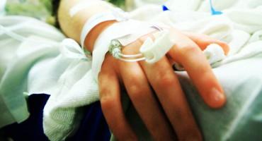 child_hospital_hand_1