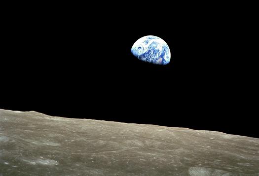NASA-Apollo8-Dec24-Earthrise_1
