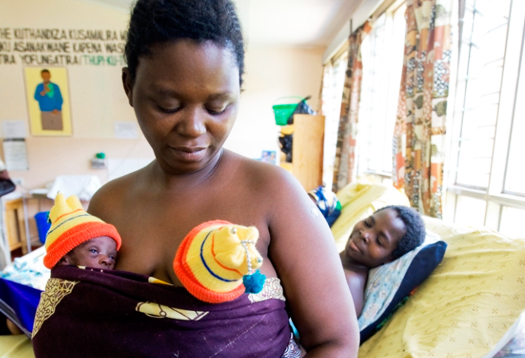 Malawi_twins_1
