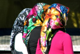 headscarves_turkey_525