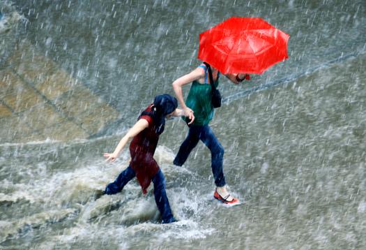 redumbrella_flood_525