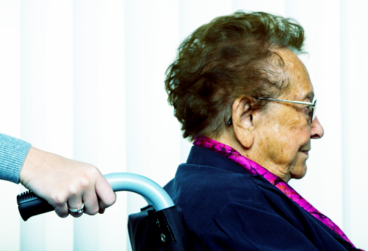 seniorwoman_wheelchair_525