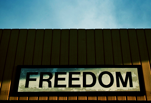 Freedom_sign_525
