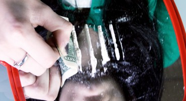 cocaine_mirror_525