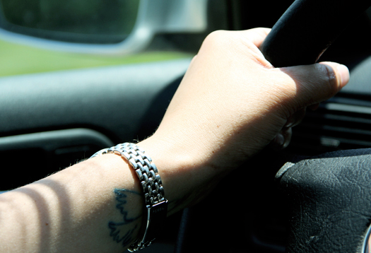 hand_driving_525