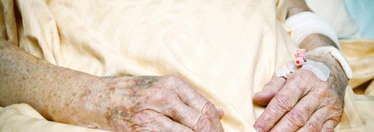 seniorhands_yellowblanket_525