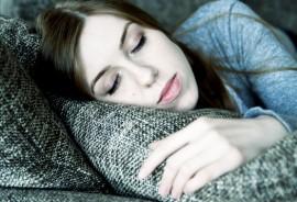 woman_asleep_525