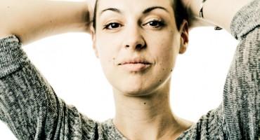 female_cancer_patient_525