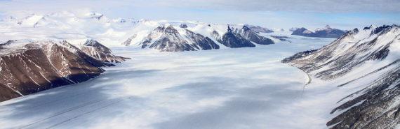 valley_Antarctica_1