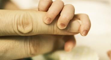 baby_fingers_525