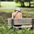 woman_bench_525