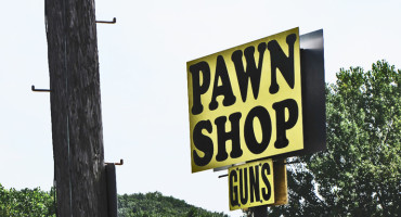 A scientific survey of gun dealers and pawnbrokers in 43 US states has found nearly unanimous support for denying gun purchases based on prior convictions and for serious mental illness with a history of violence or alcohol or drug abuse—conditions that might have prevented Washington Navy Yard shooter Aaron Alexis from legally purchasing a firearm. (Credit: anthonylibrairan/Flickr)