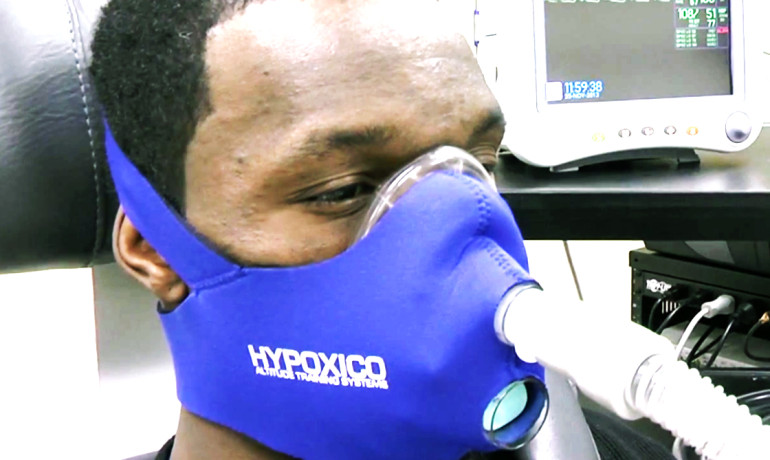 More than 30 percent of patients exposed to hypoxia—short periods of breathing low oxygen levels—increased walking speed by at least a tenth of a meter per second and more than 70 percent increased endurance by at least 50 meters. (Credit: Emory University)
