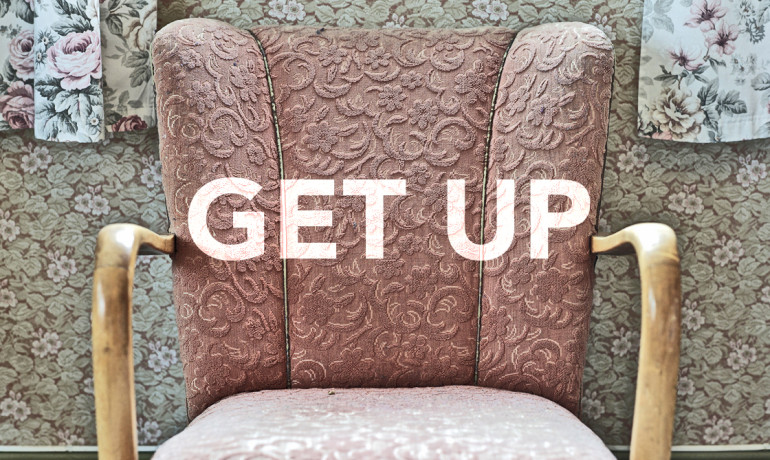 """""""If you're in an office, get up and move around frequently. If you're retired and have more idle time, find ways to move around inside and outside the house,"""" Rebecca Seguin says. """"Get up between TV programs, take breaks in computer and reading time, and be conscious of interrupting prolonged sedentary time."""" (Credit: geir tønnessen/Flickr)"""