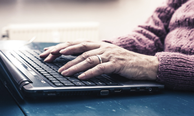 "Internet use by older Americans can help reduce the chances of depression by more than 30 percent, says Shelia Cotton. ""It all has to do with older persons being able to communicate, to stay in contact with their social networks, and just not feel lonely."" (Credit: iStockphoto)"