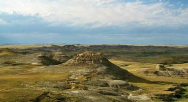 Badlands in Grasslands National Park. (Credit: McGill)