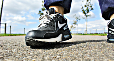 """""""These results should encourage physicians to recommend walking even if their patients do not have access to a supervised exercise program,"""" saysMary McGrae McDermott. (Credit: Overdaforest/Flickr)"""