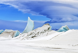 """While Antarctic sea ice has been expanding at a record-setting pace, sea ice around the world is shrinking by about 35,000 square kilometers a year. """"It seems counterintuitive, but the growth in the Antarctic sea ice is consistent with global warming and the effects of increased atmospheric carbon dioxide,"""" says Ian Simmonds. (Credit: Michael Studinger/NASA Earth Observatory)"""
