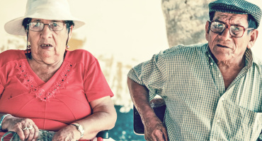 marriage: senior couple in hats