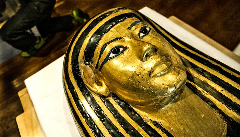golden face of mummy's sarcophagus