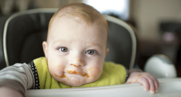 """The transition to solids is much more dramatic for the microbiomes of babies that are not exclusively breastfed,"" says Andrea Azcarate-Peril. (Credit: frank guido/Flickr)"