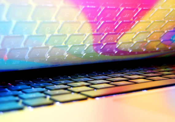 screensaver reflects on keyboard