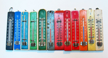 thermometers in rainbow order
