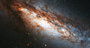 NGC 660 black hole