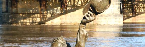 statue under water in St. Louis