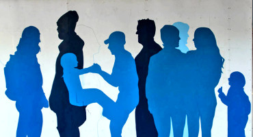 blue people mural