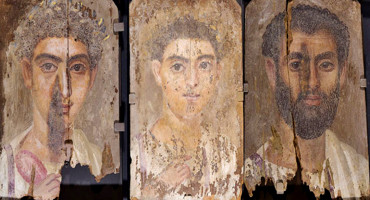 Egyptian blue in mummy paintings