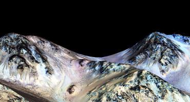 streaks on Mars