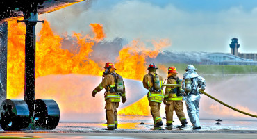 airport fire fighter training