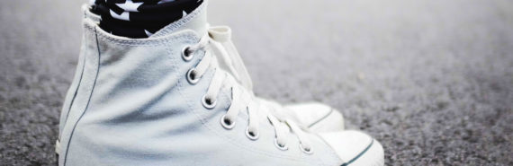 white sneakers & star leggings