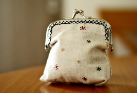 purse on table