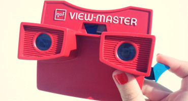 red View-Master toy