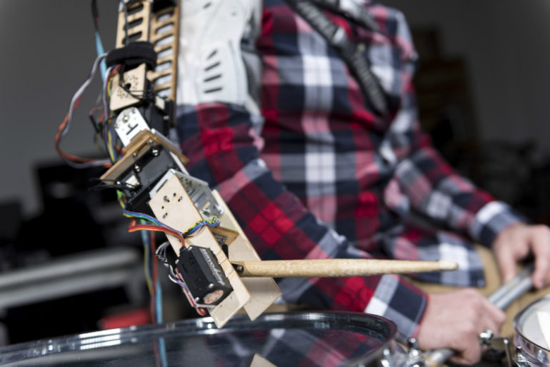 robotic arm for drumming