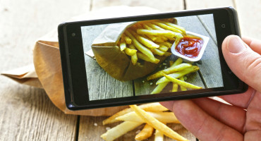 """Instagram literally gives us a picture of what people are actually eating in these communities, allowing us to study them in a new way,"" says says Munmun De Choudhury. (Credit: iStockphoto)"