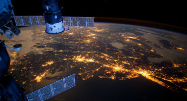 Earth lights from the ISS