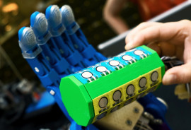 testing force of 3D-printed hand