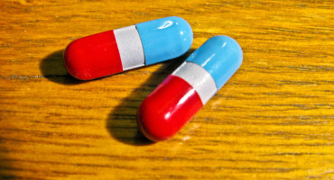 two tylenol capsules
