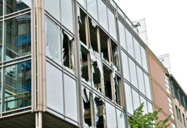 2011 Oslo explosion - windows broken