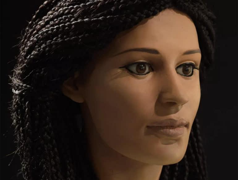 Meritamun sculpture & face