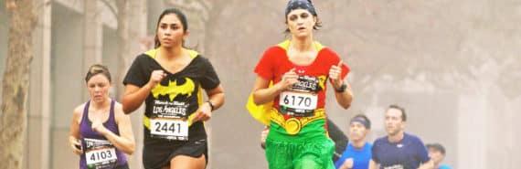 halloween marathon runners