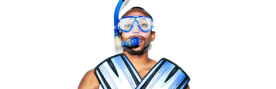 man ready for scuba diving