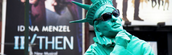 statue of liberty performer in NYC