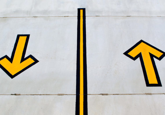 yellow arrows up and down