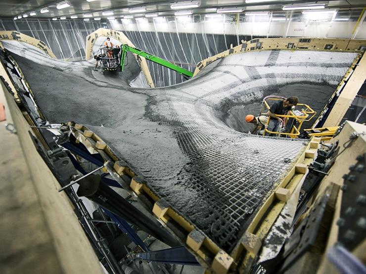 filling concrete