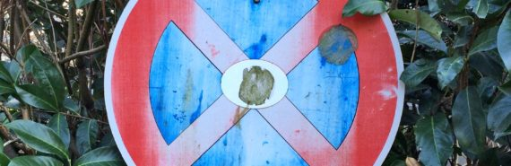 red and blue x sign